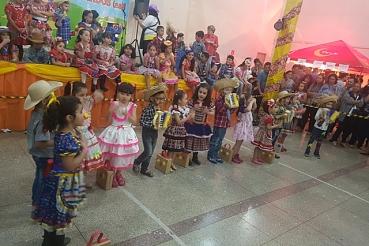 Tradicional Festa Julina teve dois dias de muitas danças típicas e alegria